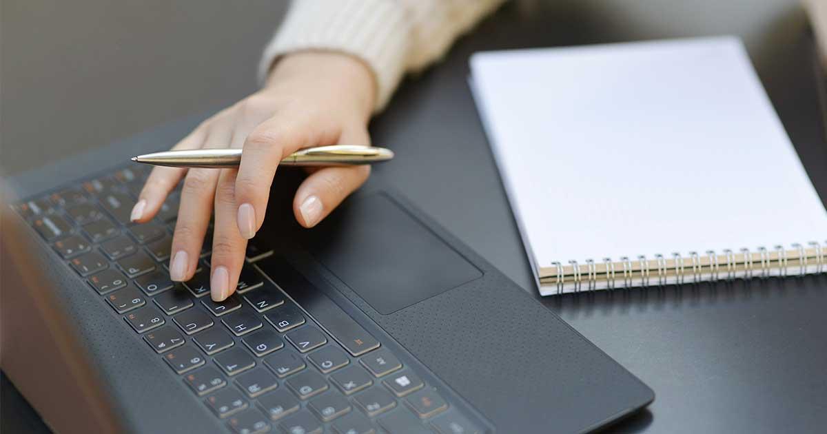 O que é a assinatura digital de uma fatura e como verificar se é válida?