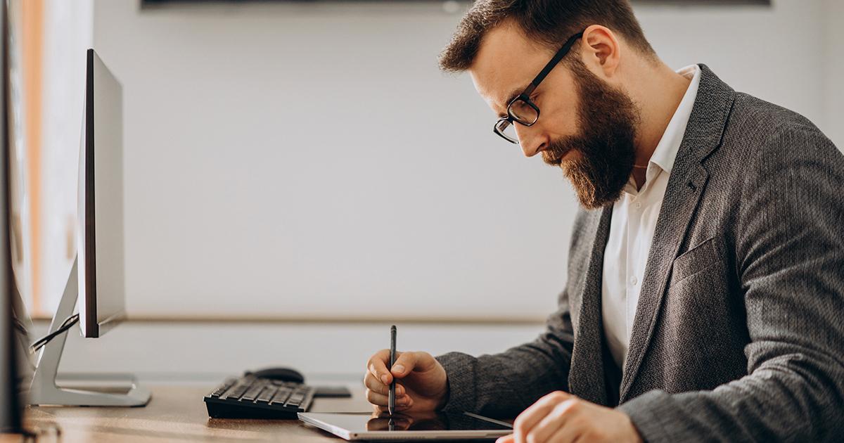 Recibos verdes e trabalhadores independentes - Do IRS à declaração trimestral, o que importa saber em 2021?